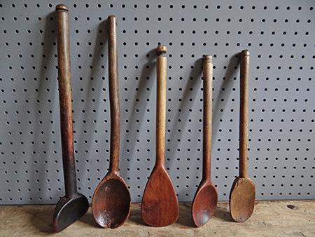 5 vintage wooden spoons